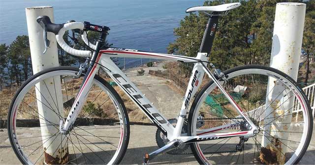 01-aicache-roadbike